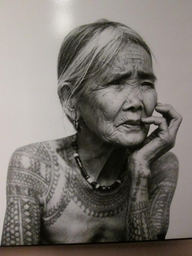 La dernière femme kalinga tatouée, 2011