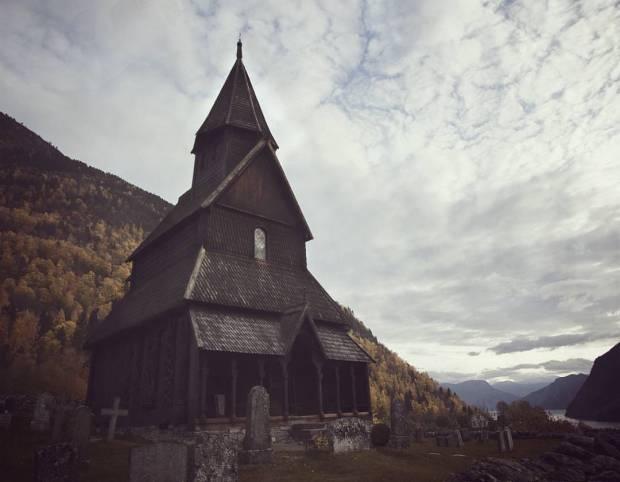 urnes_stavkyrkje_circa-1132